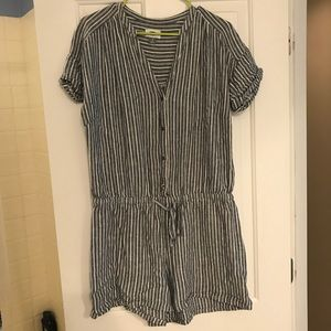 Linen striped old navy romper, preppy